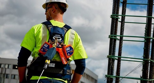 Integrated convenience. 3M™ DBI-SALA® ExoFit™ NEX Plus Full-Body Harnesses.