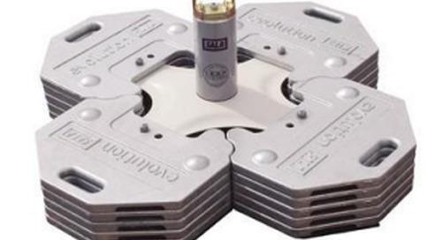 Cesser L'Utilisation De Ce Produit: Lead Energy Absorbing Posts utilisés dans les systèmes de cordon d'assujettissement horizontal Evolution