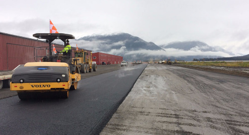 Safety first for a complicated single-runway rehabilitation