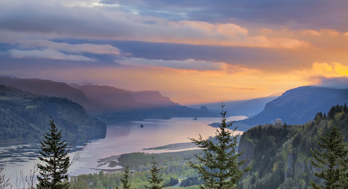 The jurisdictional connectivity of water resources: The Columbia River Basin