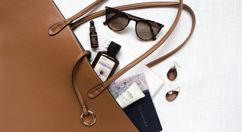 6 Must Have Items to Carry in your Purse This Winter