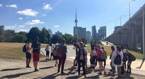 Donner une voix aux jeunes en urbanisme avec Survey123 et ArcGIS Online