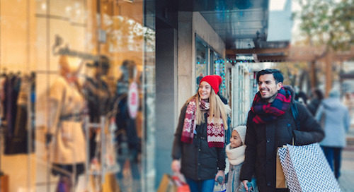'Tis the Season to Be Shopping! Let Our 2017 Retail Reputation Report Guide the Way