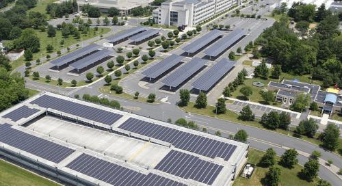 Bloomberg: nel 2050 la metà dell'energia elettrica mondiale da eolico e solare.