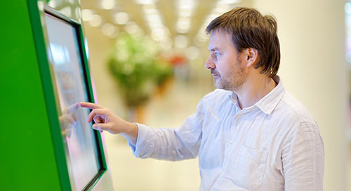 Virtual Assistants Make Signage Immersive