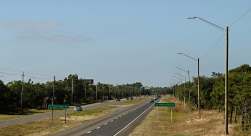 Gulf Power Installs Autobahn LED Luminaires to Light Busy Highway 98