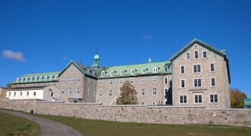 Hôtel-Dieu de Montréal - Montréal, Québec