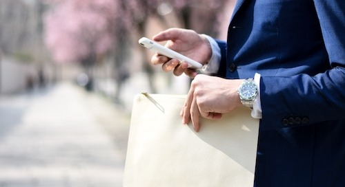 6 Ways to Run a Better Business With Your Smartphone