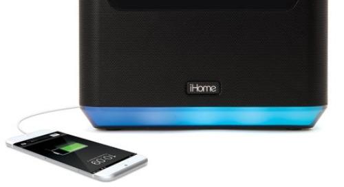 Tear down: The iHome iAVS16 Alexa-enabled clock radio
