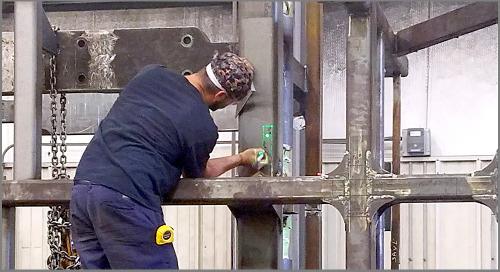 Plantillas y escaneo láser para fabricación y aseguramiento de calidad