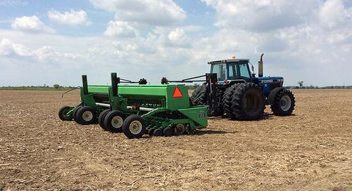 Semoir à large ou à faible écartement : lequel convient le mieux à votre ferme?