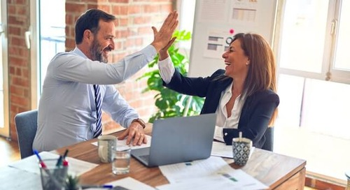 Recognition Help Desk: 5 Ways Recognition Helps You Coach Your Team