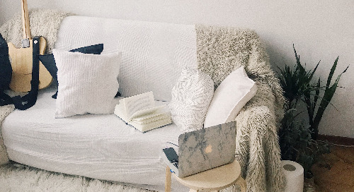 8 Budget Friendly DIYs to Make Your Apartment Cozy
