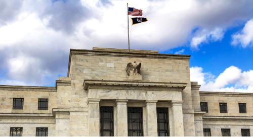 Consciente du risque que pose la crise sanitaire, la Réserve fédérale maintient ses taux près de zéro