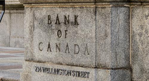Optimiste, la Banque du Canada maintient ses taux et renforce son engagement économique