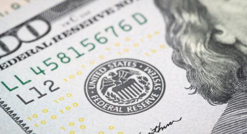 Fed : amélioration de l'activité économique, montée de l'inflation, et maintien du taux directeur jusqu'en 2023