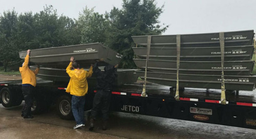 Trucking Industry Pulls Together to Aid Houston During Hurricane Harvey