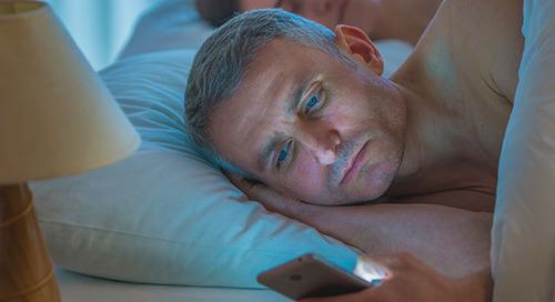 生病和疲倦:为什么睡眠不足会对你的健康不利?新利18 赛事