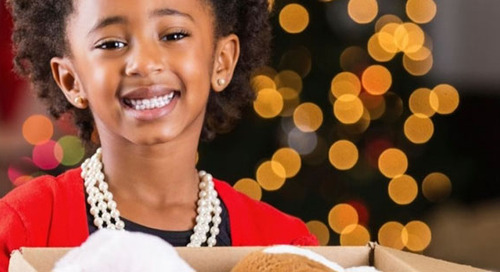 Give Your Children the Gift of Generosity This Holiday