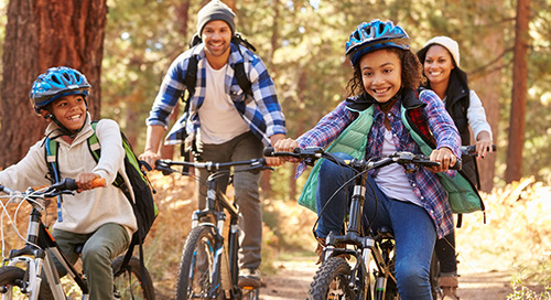 5 free (and fun) ways to stay fit with your family