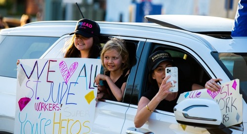 'Thank You Heroes' car parade for St. Jude workers