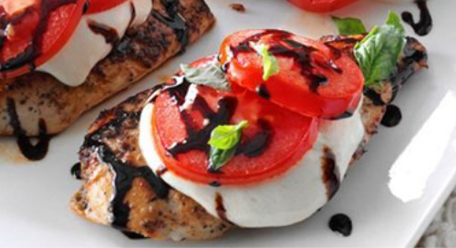 30-Minute Caprese Chicken Recipe
