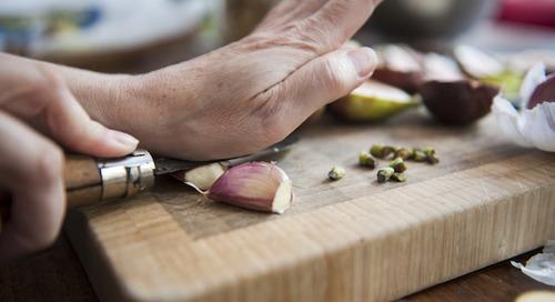 Three reasons a heart loves garlic