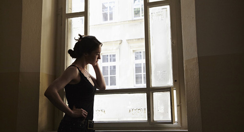 7 healthy strategies for getting over someone after a breakup