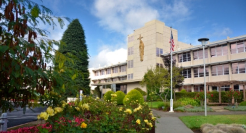 Providence Queen of the Valley Medical Center Makes Cal Hospital Compare's 2021 Honor Roll for Maternity Care