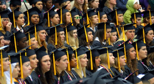 The Ultimate Guide to Valedictorian vs Salutatorian: Do Colleges Actually Care?