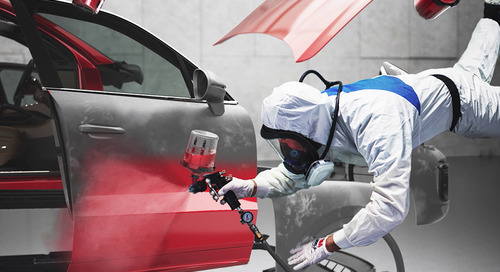 Peinture et solvant optimisés dans votre atelier de réparation de carrosserie.