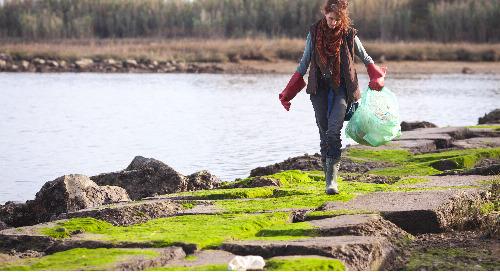 90 % des Canadiens croient que les gens devraient suivre la science pour aider à rendre le monde plus durable.