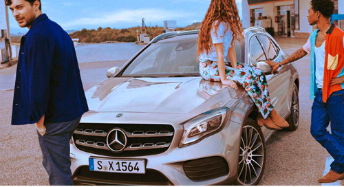 Mercedes Targets Millennials With Instagram Stories