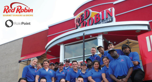 Infographic: Red Robin Employee Referrals