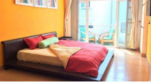 On Choosing an Apartment in Spain