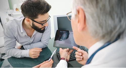 Je suis médecin et je n'ai rien contre les outils de soins de santé numériques