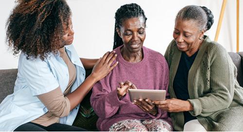 Les soins à domicile sont difficiles – voici comment les technologies de santé numérique peuvent alléger le fardeau