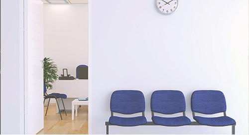De retour à un bureau vide : le témoignage d'une médecin sur la COVID-19