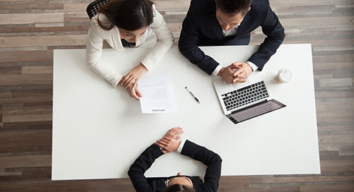 Accounting Staffing Vs. In-House Team: What's Right For Your Business? [PART 1]