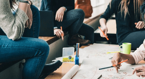 Poner al ser humano en el centro de la experiencia de aprendizaje digital en el entorno asociativo