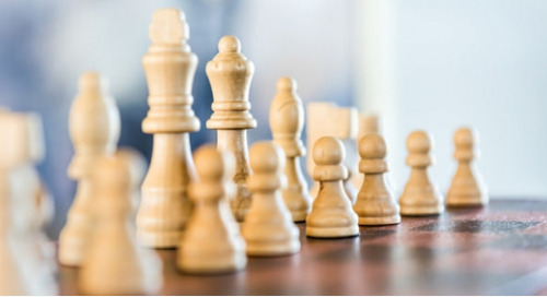 Flache Hierarchien (II): Die Großen fressen die Kleinen?