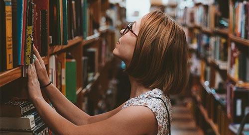 一个图书馆员对社交媒体的热情如何让人们更有创造性地使用图书馆和其他文化机构