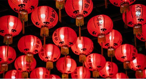 发展你的期刊:吸引和吸引中国的评论家