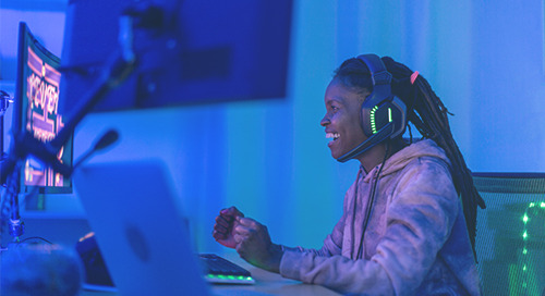 How Online Gaming Attracts and Guides Younger Job Candidates