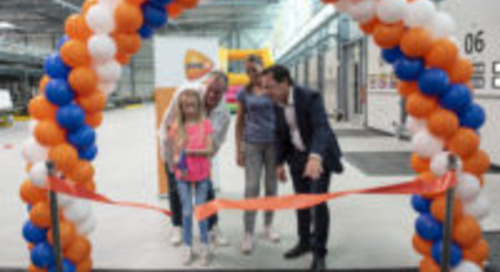 PostNL opent duurzaam pakkettensorteercentrum in Dordrecht