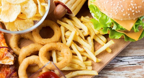 Ini Dia Alasan Mengapa Anak Doyan Makanan Cepat Saji