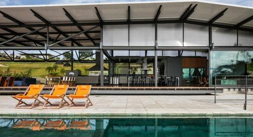São Paulo's Piracaia Residence Takes the Interior Outdoors