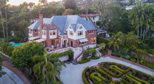 Michael Feinstein & Terrence Flannery List 1926 Gatsby-Style Mansion