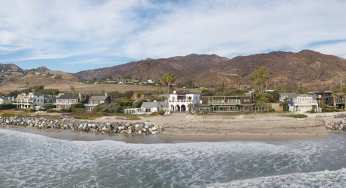 A Rare 15.5M Oceanfront Malibu Estate