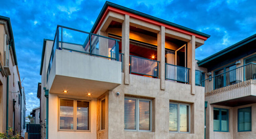 Hermosa Beach Home on The Strand with Privacy and Beach Views